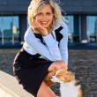 Happy blond woman with chihuahua. — ストック写真