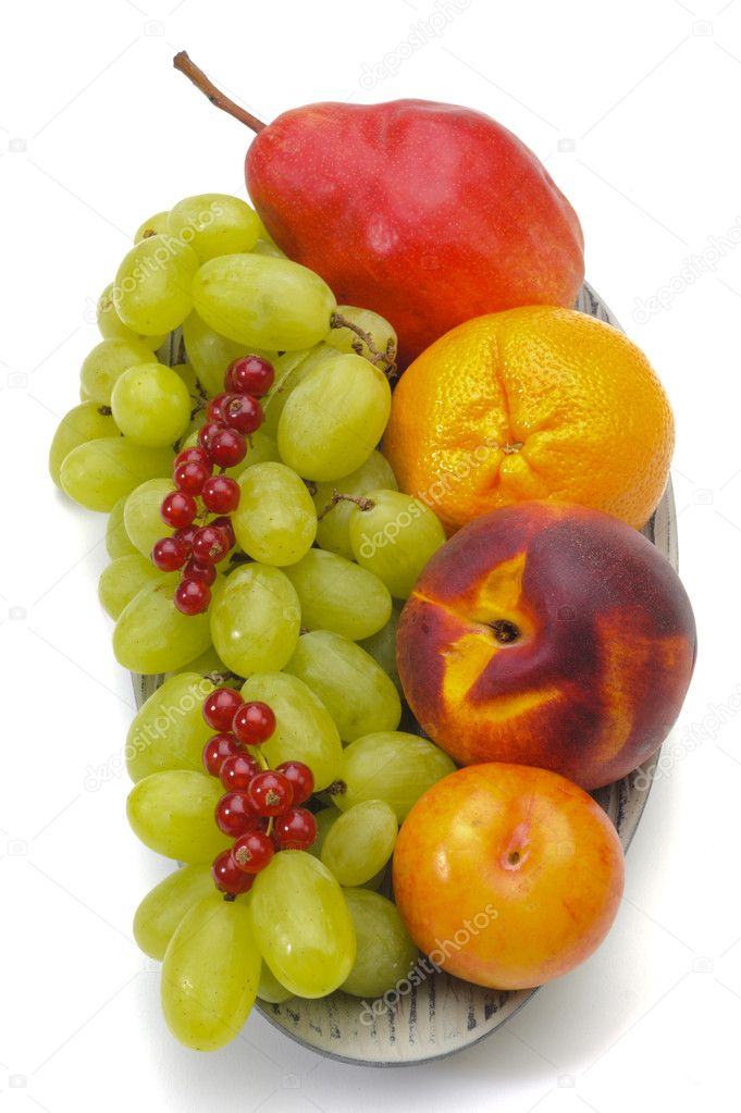 Bowl with fresh fruits — Stock Photo #8419041