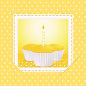 Yellow birthday cupcake card — Stock Vector