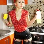 Beautiful kitchen-maid — Stock Photo