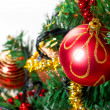bauble kerstboom — Stockfoto