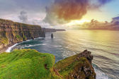 Cliffs of Moher at sunset — 图库照片
