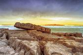 Atlantyku zachód słońca nad wyspę krabów — Zdjęcie stockowe