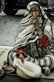 Homeless man on the street in Midoun, Djerba, Tunisia — Stock Photo