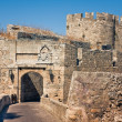Ancient city walls of  Rhodes Island — Stock Photo