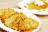 Piatto nazionale ucraino - frittelle di patate — Foto Stock