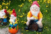 Garten skulptur - ein element der landschaftsgestaltung — Stockfoto