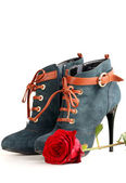 Boot and rose — Stock Photo