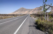 Lanzarote's hi-way — Stock Photo