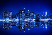 New york in der nacht mit blauton — Stockfoto