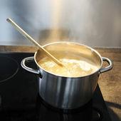 Cocinar pastas — Foto de Stock