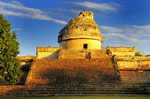 The observatory at Chichen Itza, — Stock Photo