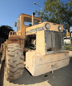 Heavy Duty Construction Equipment Parked at Worksite — Photo