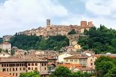 View of the historic Tuscan town of Colle di Val d'Elsa — Stock Photo