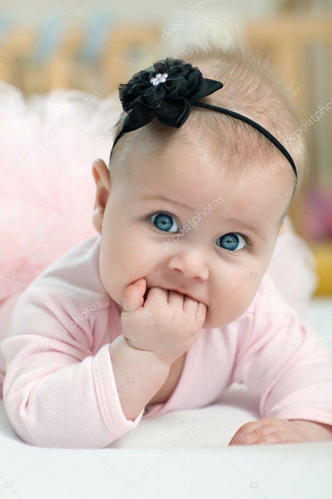 Portrait de la belle fille aux yeux bleus photographie pitrs10 8965460 - Fille yeux bleu ...