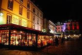 Night at Cafe de L'Quest in Saint Malo — ストック写真