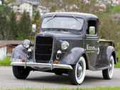 Vintage pre guerra auto ford pick-up desde 1936 — Foto de Stock