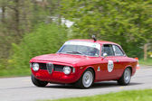 Course vintage touring voiture alfa romeo giulia sprint gt veloce de 1966 — Photo