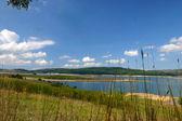 Sjön landskapet i sommar — Stockfoto