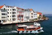 Bosporus mansions — Stock Photo