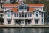 Bosporus mansion — Stock Photo