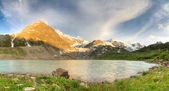 Альпийское озеро — Стоковое фото