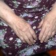 Hands of an elderly woman — Stock Photo #10202887