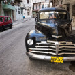 Classic chevrolet in Old Havana — Foto de Stock
