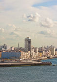 The skyline of Havana seen from the ocean — Foto de Stock