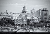 Black and white image of Old havana — Stock Photo