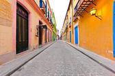 Ulica w starej hawanie — Zdjęcie stockowe
