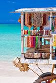 Cart selling souvenirs on the cuban beach of Varadero — Stock Photo