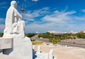 Statue of Jose Marti overlooking Havana — Stock Photo