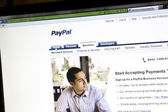 PayPal website displayed on computer screen — Stock Photo