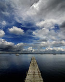 Lake and Cloudy Sky — Stock Photo