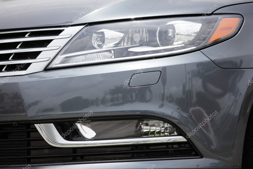 MIAMI, FL USA. 2012 VW CC halogen headlight 05/17/2012 — Stock Photo #10621052