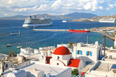 Mykanos Cruise Ships — Stock Photo