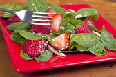 Spinach Strawberry Salad — Stock Photo
