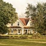 Country Farm House — Stock Photo #9414053