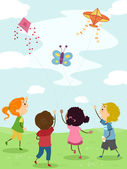 Kids Flying Kites — Stock Photo