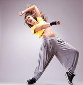 Tänzer schreien in einem schönen tanz bewegen — Stockfoto