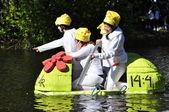 Funny boat race — Stockfoto