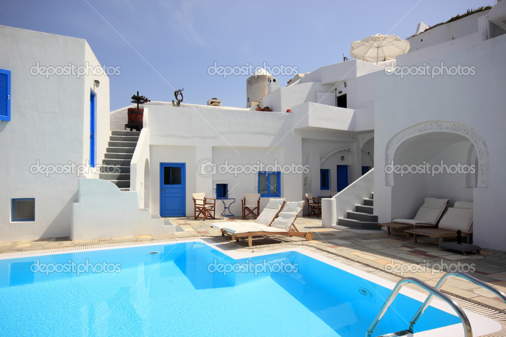 Santorini Pool House — Stock Photo #10516316