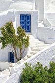 Romantic holidays - Santorini resorts — Stock Photo