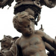 Statue on the Bridge of Alexandre III in Paris - Foto Stock