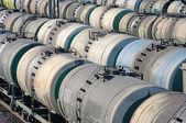 Vervoer van olie in de spoorweg tank — Stockfoto
