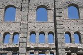 Windows and ruins — Stock Photo