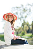 Beautiful Caucasian woman outdoor — Stock Photo