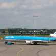 KLM McDonnell Douglas MD-11 at Schiphol airport — Stock Photo