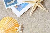 Blank postcard on sand — Foto Stock